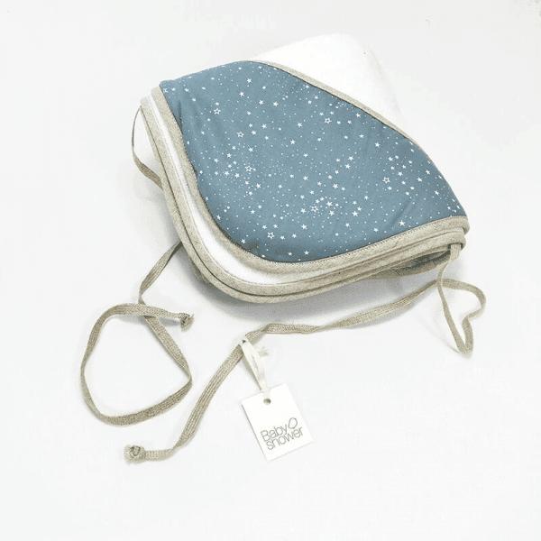 cape de bain imprimé bleu étoiles