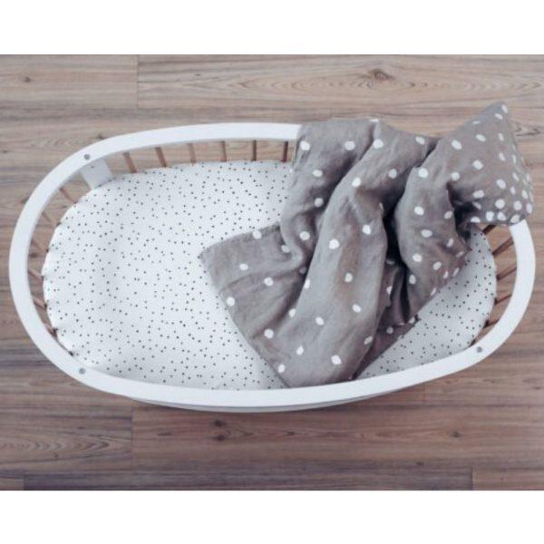 lit pour bébé en forme d'oeuf
