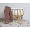 berceau en rotin carré avec matelas et bordure jersey écru childhome (8)