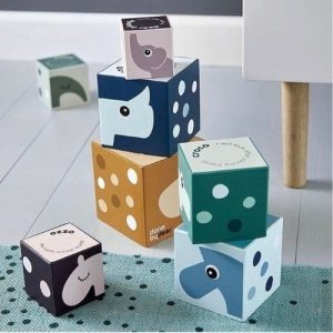 Cubes & Puzzles