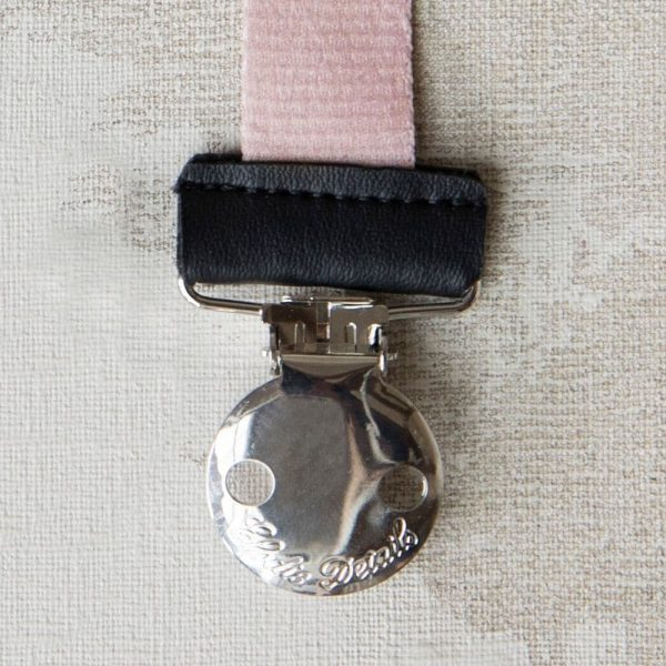 attache tétine faded rose elodie details (3)