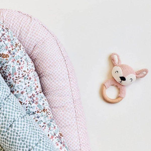 Hochet anneau de dentition Biche en tricot Rose pâle - Jollein