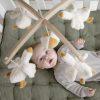 mobile musical little goose little dutch (1)