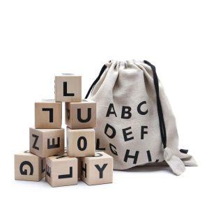 cubes en bois alphabet noir ooh noo