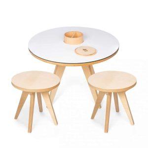 Ensemble table de jeux et 2 tabourets en bois - Drawin'kids